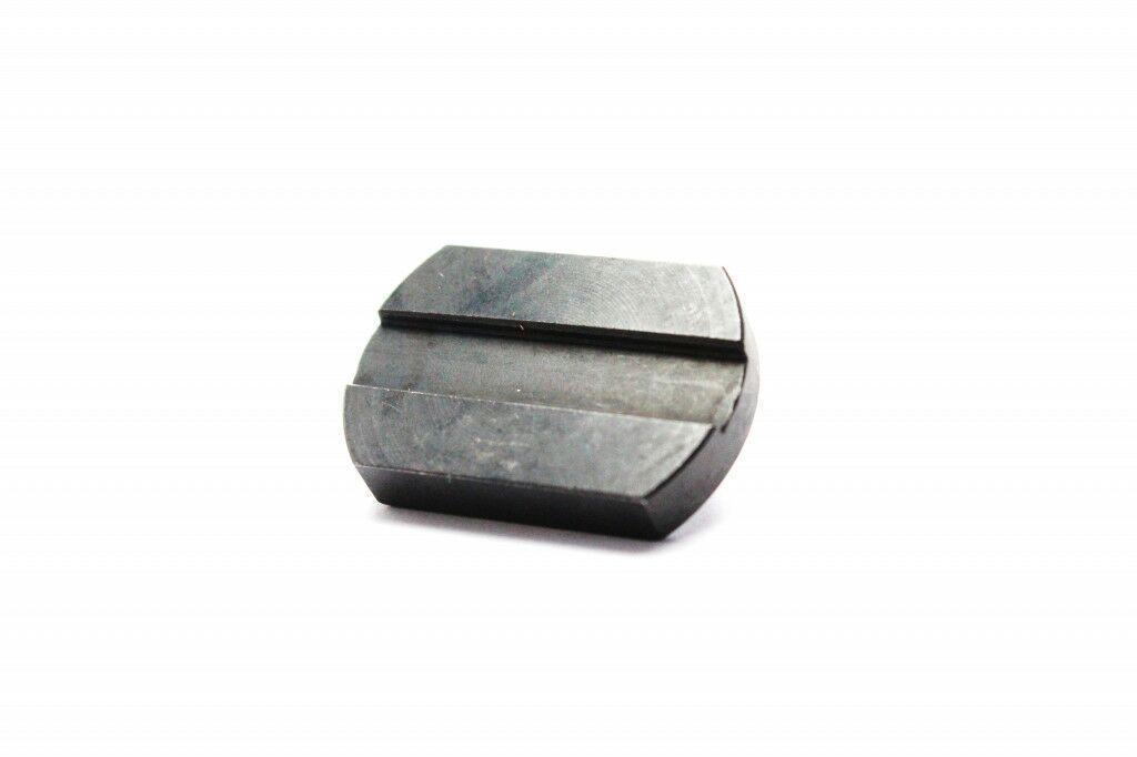 Obrázek produktu Destička k nýtovačce a děličce (B) EK pro CRT-50