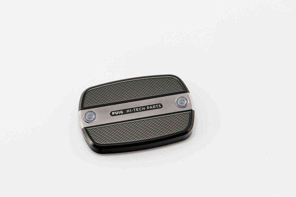 Obrázek produktu Krytka brzdové / spojkové nádobky PUIG stříbrná 9269P
