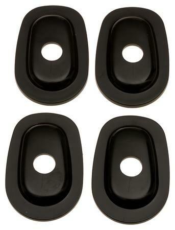 Obrázek produktu adaptéry pro osazení blinkrů do kapotáží Yamaha, OXFORD - Anglie (2 páry) OF868