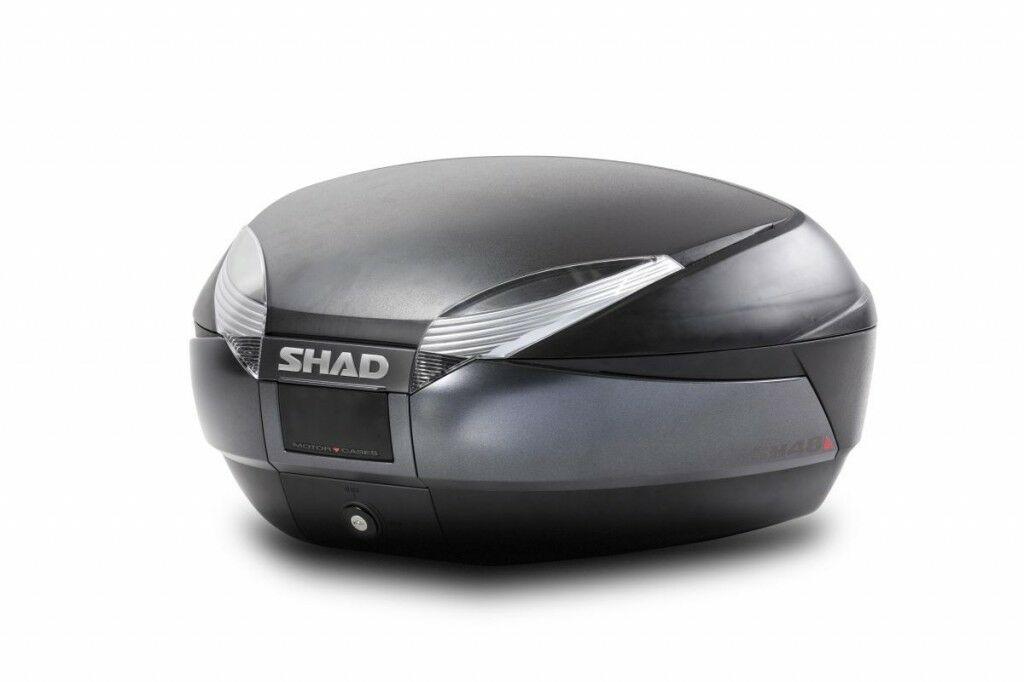 Obrázek produktu Vrchní kufr na motorku SHAD SH48 Tmavě šedý se zámkem PREMIUM SMART
