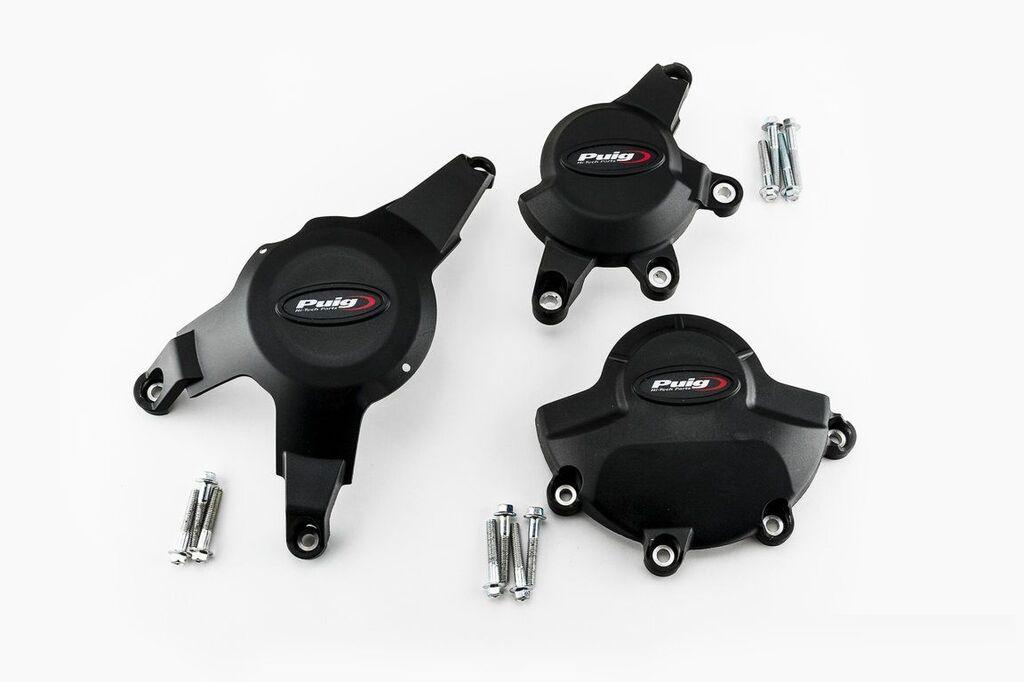 Obrázek produktu Ochranné kryty motoru PUIG černý zahrnuje pravý, levý kryt a kryt alternátoru 20122N