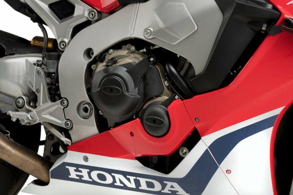 Obrázek produktu Engine protective covers PUIG černý zahrnuje pravý, levý kryt a kryt alternátoru 20289N